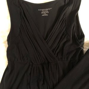 Liz Lange Dresses - Black maternity/ nursing dress